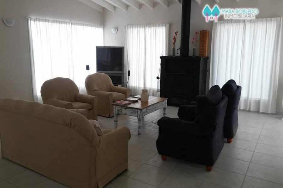 Pinamar,Buenos Aires,Argentina,4 Bedrooms Bedrooms,4 BathroomsBathrooms,Casas,CIRCE,4432