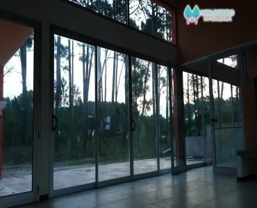 Pinamar,Buenos Aires,Argentina,4 Bedrooms Bedrooms,4 BathroomsBathrooms,Casas,DEL ESPARTILLO,4440