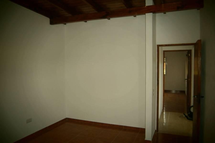Mar del Tuyu,Buenos Aires,Argentina,2 Bedrooms Bedrooms,1 BañoBathrooms,PH Tipo Casa,5,40528