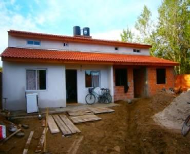 Mar del Tuyu, Buenos Aires, Argentina, 3 Bedrooms Bedrooms, ,2 BathroomsBathrooms,Casas,Venta,74,40602
