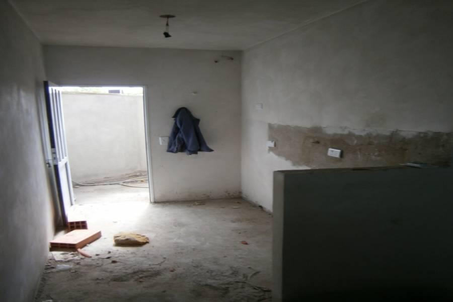 Mar del Tuyu,Buenos Aires,Argentina,3 Bedrooms Bedrooms,2 BathroomsBathrooms,Duplex-Triplex,3,40664