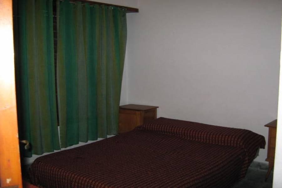 Santa Teresita,Buenos Aires,Argentina,2 Bedrooms Bedrooms,1 BañoBathrooms,Casas,34,40724