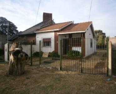 Santa Teresita, Buenos Aires, Argentina, 2 Bedrooms Bedrooms, ,1 BañoBathrooms,Casas,Temporario,45,40943
