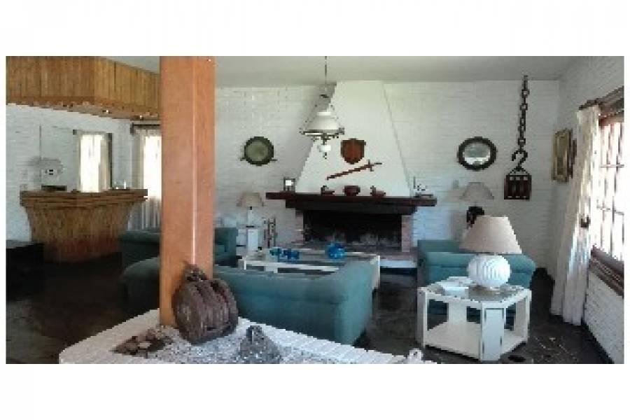 Punta del Este, Maldonado, Uruguay, 4 Bedrooms Bedrooms, ,4 BathroomsBathrooms,Casas,Temporario,41437