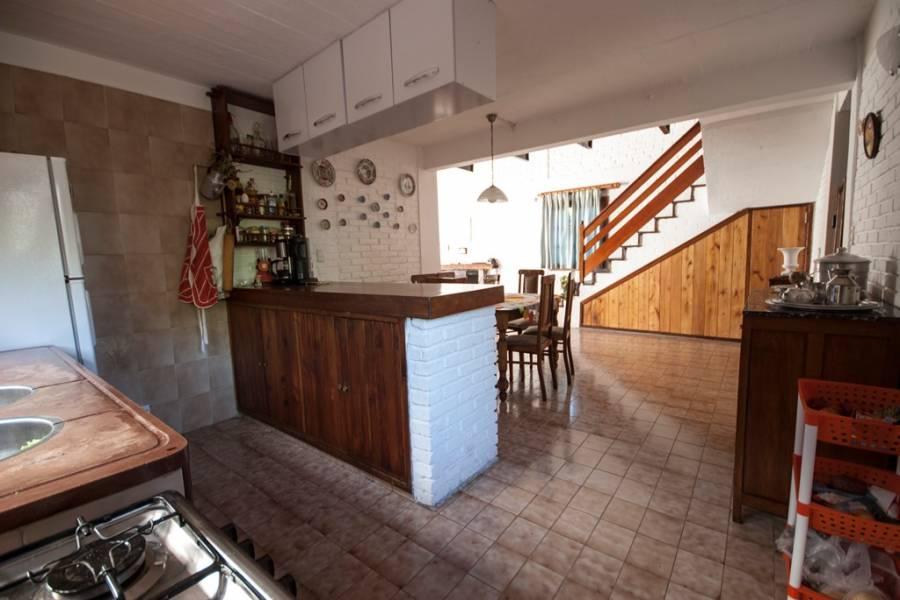 Punta del Este, Maldonado, Uruguay, 3 Bedrooms Bedrooms, ,2 BathroomsBathrooms,Casas,Temporario,41563