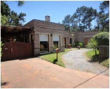 Maldonado, Uruguay, 3 Bedrooms Bedrooms, ,2 BathroomsBathrooms,Casas,Temporario,41708