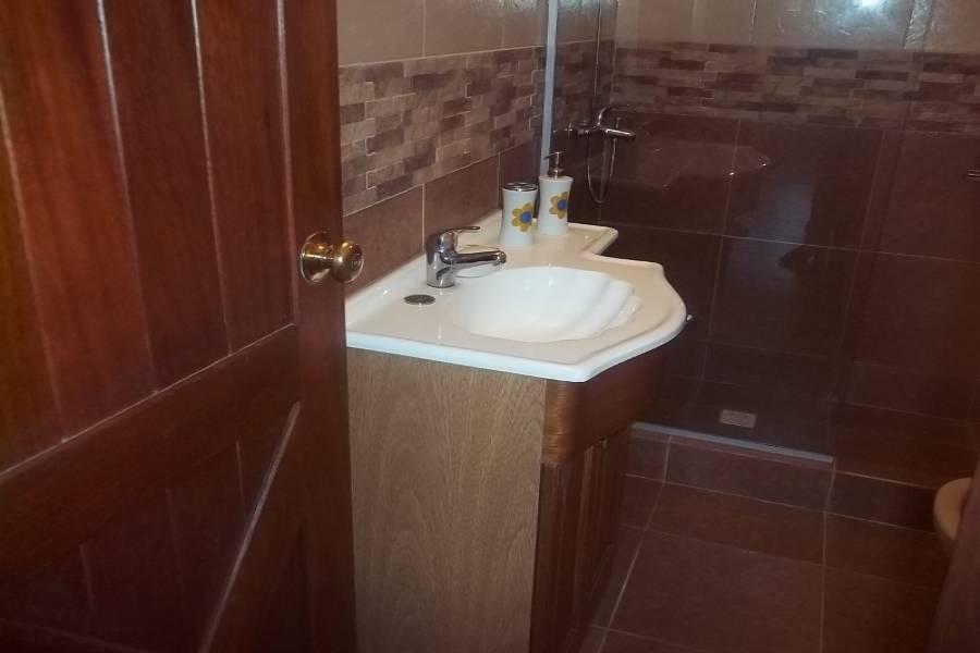 Punta del Este, Maldonado, Uruguay, 3 Bedrooms Bedrooms, ,2 BathroomsBathrooms,Casas,Temporario,41736