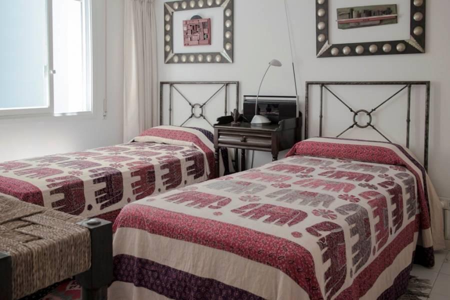 Punta del Este, Maldonado, Uruguay, 3 Bedrooms Bedrooms, ,3 BathroomsBathrooms,Apartamentos,Venta,41836