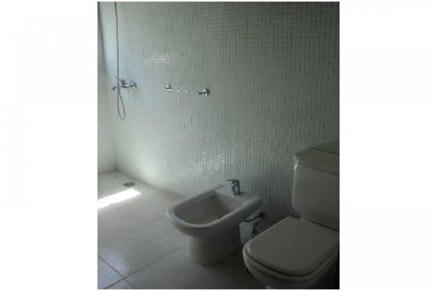 Punta del Este, Maldonado, Uruguay, 3 Bedrooms Bedrooms, ,2 BathroomsBathrooms,Apartamentos,Venta,42140