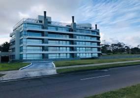 Punta del Este, Maldonado, Uruguay, 3 Habitaciones Habitaciones, ,3 BathroomsBathrooms,Apartamentos,Venta,42606
