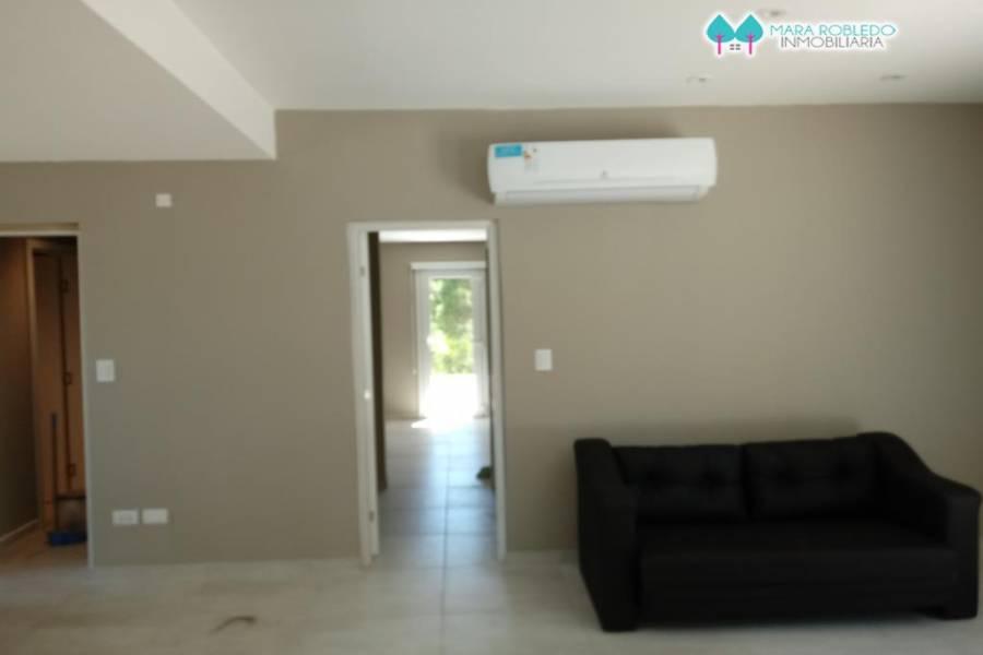 Costa Esmeralda,Buenos Aires,Argentina,4 Bedrooms Bedrooms,5 BathroomsBathrooms,Casas,RESIDENCIAL 1 LOTE 239,5560