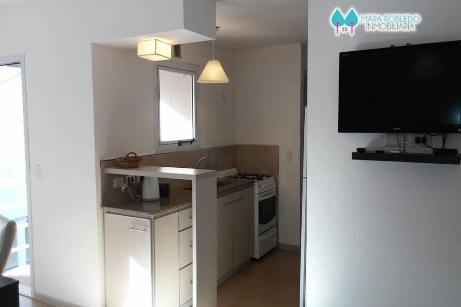 Pinamar,Buenos Aires,Argentina,2 Bedrooms Bedrooms,1 BañoBathrooms,Apartamentos,EOLO ,3,5690