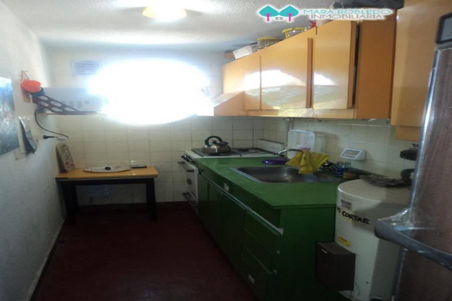 Pinamar,Buenos Aires,Argentina,2 Bedrooms Bedrooms,1 BañoBathrooms,Apartamentos,JASON,5695