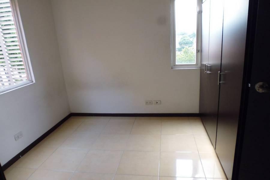 Cali,Valle del Cauca,Colombia,3 Bedrooms Bedrooms,2 BathroomsBathrooms,Apartamentos,14c,5851