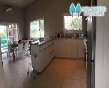 Costa Esmeralda,Buenos Aires,Argentina,4 Bedrooms Bedrooms,4 BathroomsBathrooms,Casas,GOLF 1 LOTE 52,6001