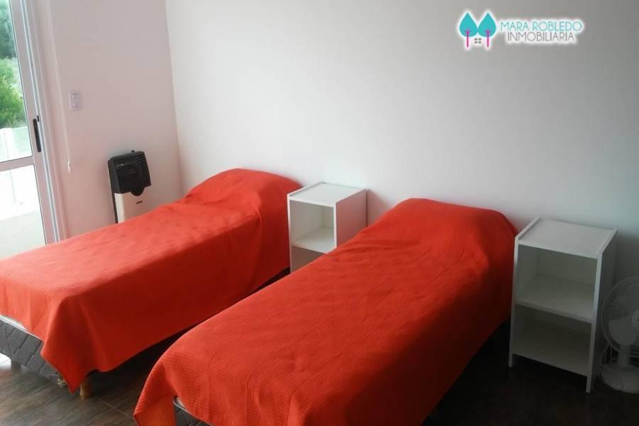 Costa Esmeralda,Buenos Aires,Argentina,5 Bedrooms Bedrooms,4 BathroomsBathrooms,Casas,GOLF 2 LOTE 348,6009