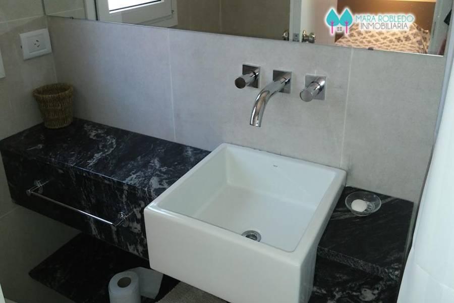 Costa Esmeralda,Buenos Aires,Argentina,4 Bedrooms Bedrooms,4 BathroomsBathrooms,Casas,GOLF 2 LOTE 541,6013