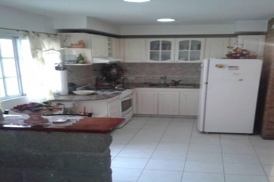 Floresta,Capital Federal,Argentina,2 Bedrooms Bedrooms,1 BañoBathrooms,PH Tipo Casa,ENSENADA ,6334