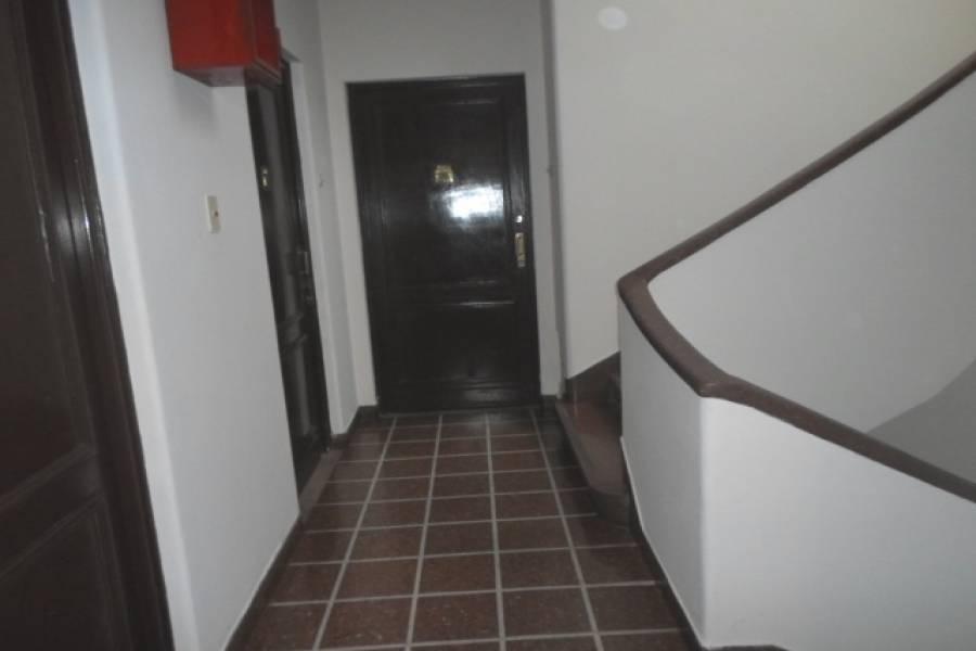 Flores,Capital Federal,Argentina,2 Bedrooms Bedrooms,1 BañoBathrooms,Apartamentos,VARELA,6620