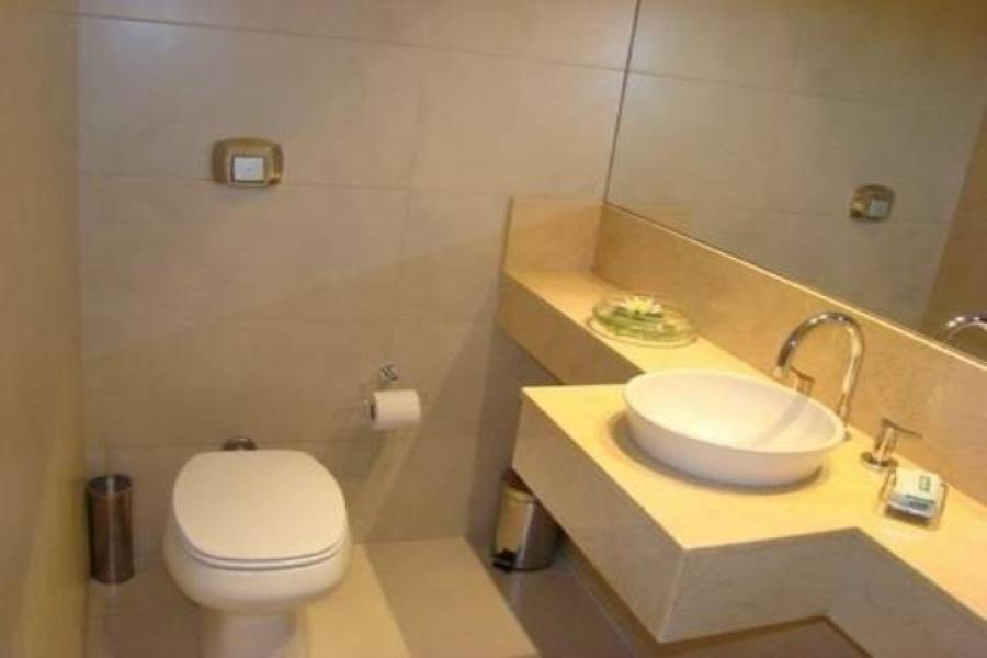 Recoleta,Capital Federal,Argentina,2 Bedrooms Bedrooms,1 BañoBathrooms,Apartamentos,ARENALES ,6642