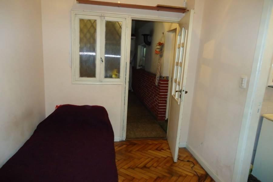 Flores,Capital Federal,Argentina,2 Bedrooms Bedrooms,1 BañoBathrooms,Apartamentos,AVELLANEDA,6917