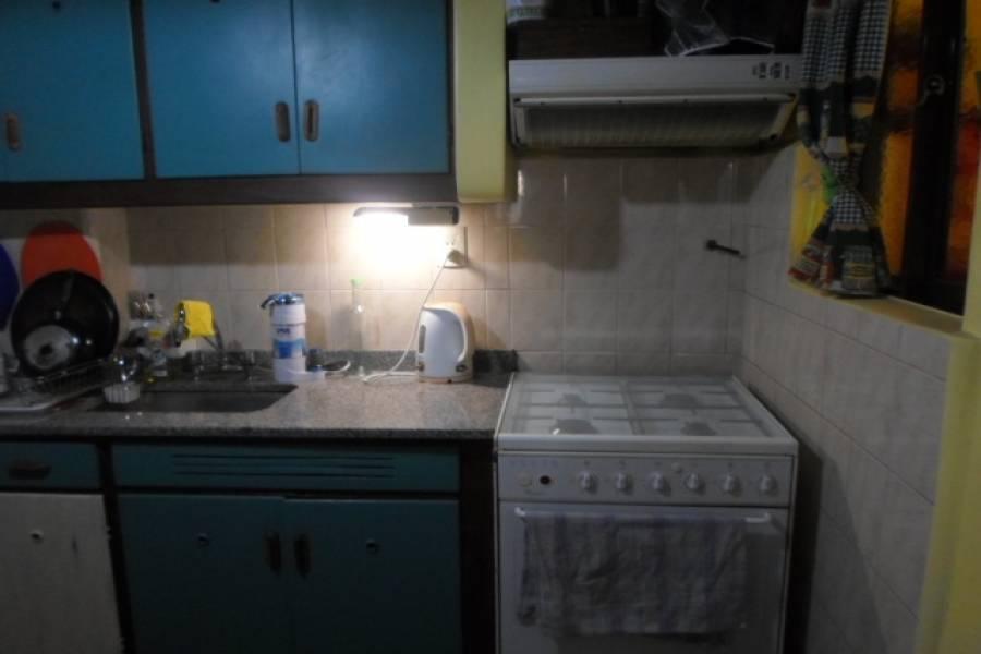 Flores,Capital Federal,Argentina,2 Bedrooms Bedrooms,1 BañoBathrooms,Apartamentos,ANDRES LAMAS,6987