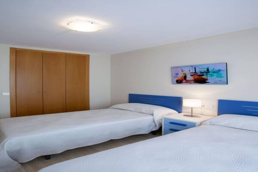 Alicante,Alicante,España,3 Bedrooms Bedrooms,2 BathroomsBathrooms,Pisos,8248