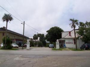 Cassadaga Hotel (L) and Cassadaga Spiritualist Camp Visitors Center (R)