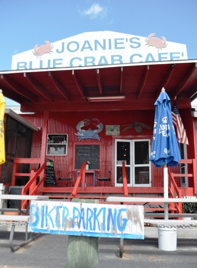 Joanie's Blue Crab Cafe in the Florida Everglades
