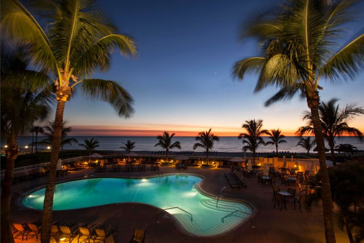 2016 CyberSummer: Lido Beach Resort, Sarasota, Florida - 30% off stays 3 nights or longer