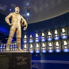 U.S. Military Heroes Receive Free Admission to Kennedy Space Center Visitor Complex Veterans Day Weekend 2017