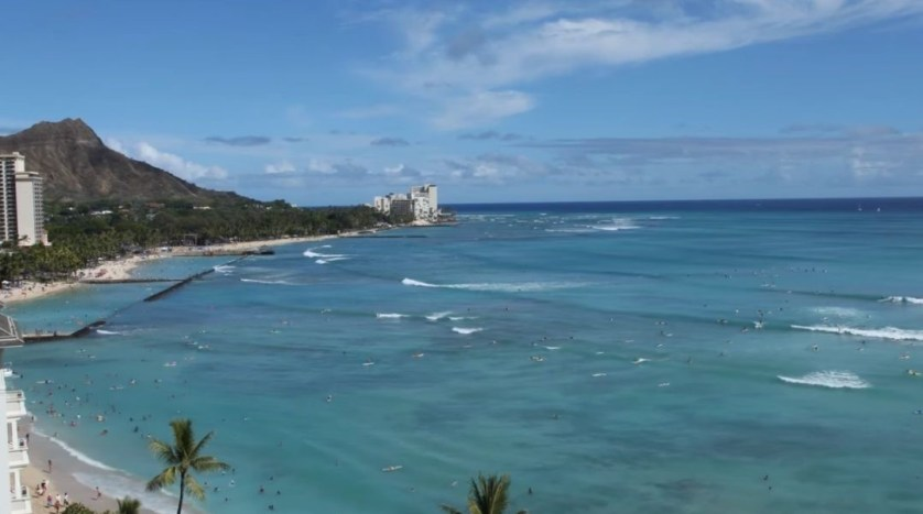 Listen to the Pacific Ocean When Tuning into the Waikiki Beach Cam.