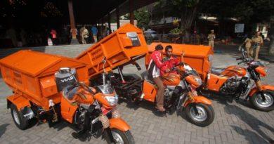 Gerobak motor sampah milik Pemkot Solo.