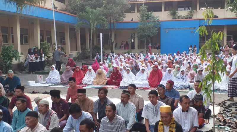 SMK Wikarya gelar Sholat Idhul Adha