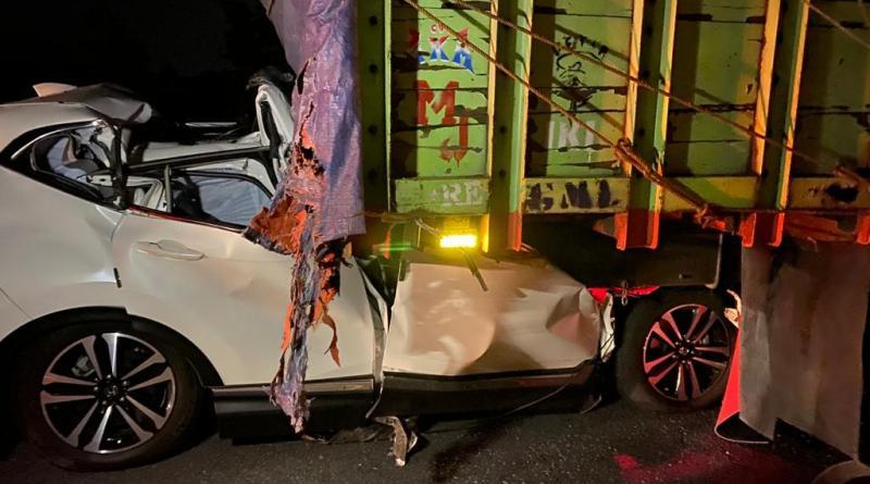 Kecelakaan Beruntun Tol Solo-Semarang Tewaskan 2 Orang