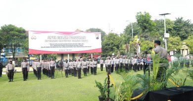 Apel Gelar Pasukan Operasi Ketupat Candi 2021 yang digelar di Halaman Mapolresta Surakarta