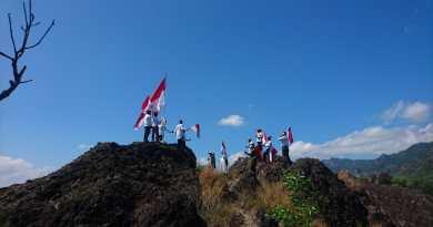 Gema Salam peringati hari kemerdekaan RI di Gunung Sepikul