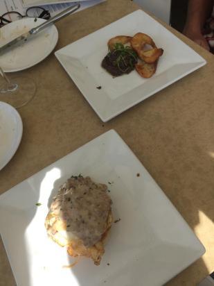 spicy-sausage-gravy-olive-tepenade