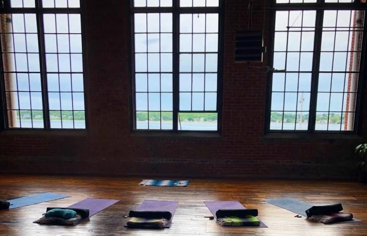 solshine yoga view