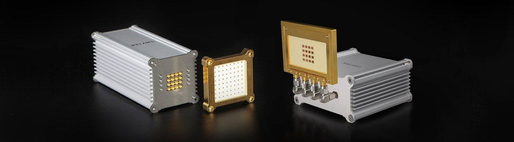 Product images of BBox One and Lite with 8x8 and 4x4 detachable antennas.
