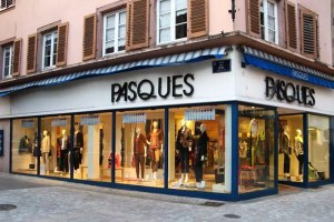 Pasques-magasin-mode