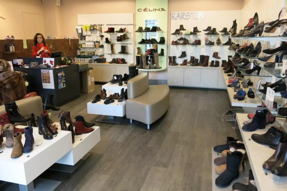 caisse enregistreuse magasin chaussure
