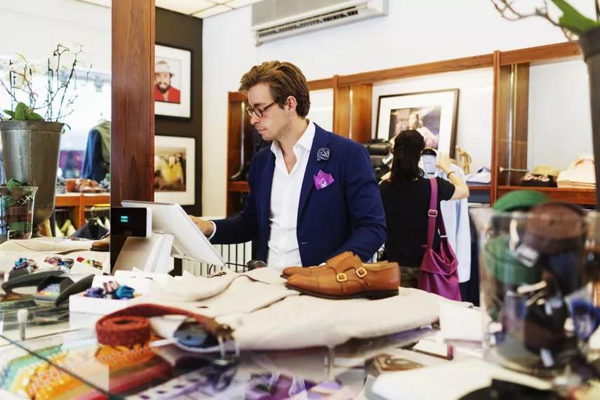 Caisse magasin de mode