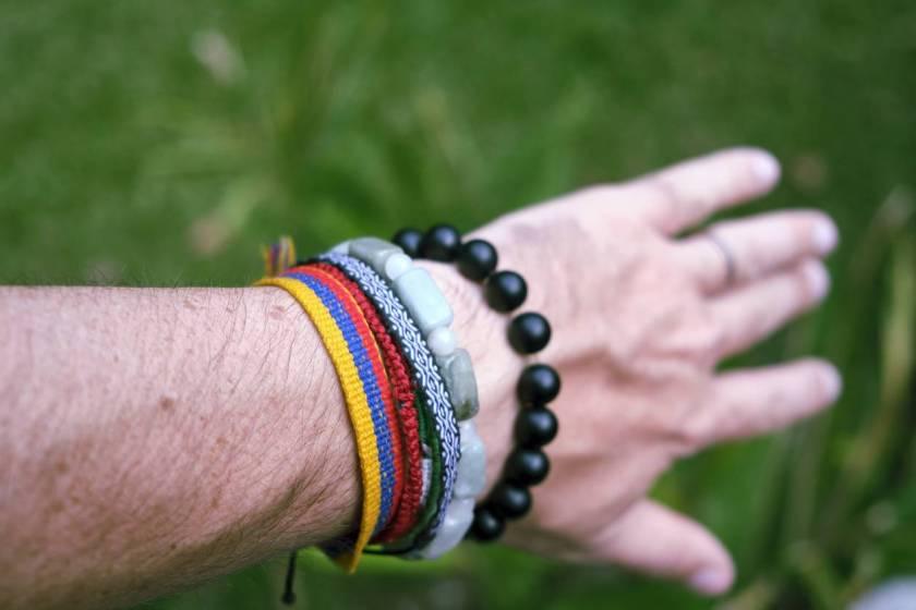 bracelet en pierres pour homme ; bracelet pierre anti stress ; pierres contre le stress