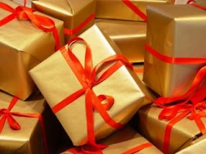 2007-12-14-wrapped-gifts