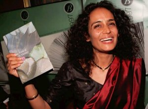 Arundhati_Roy_God_of_Small_Things_Books_Fiction_Booker_Prize_Novels_Controversy_Crtical_Reviews
