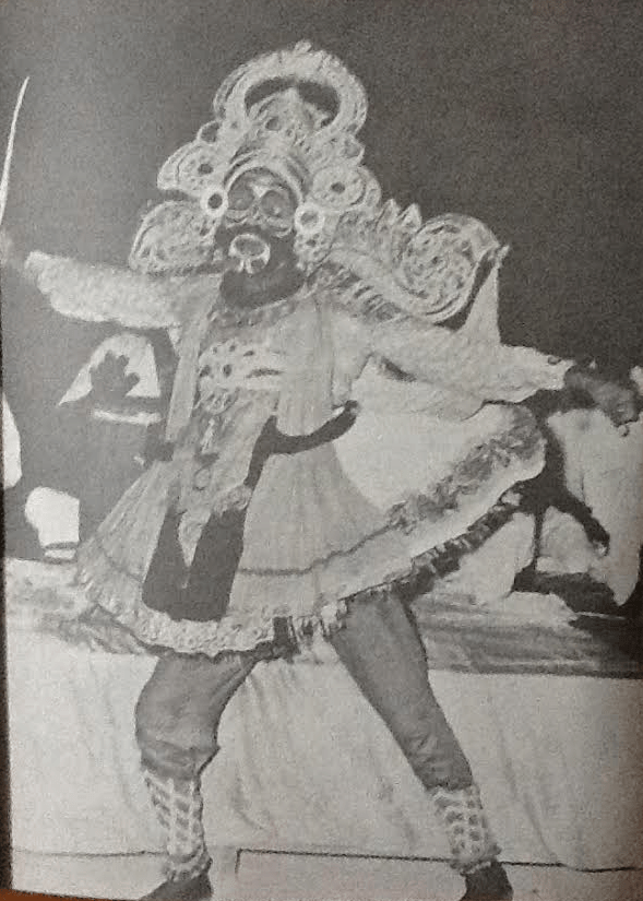 Thambiraan_Indian_Tamil_Folk_Artists_Thampiran_Kannappa_Koothu_theru_Performers