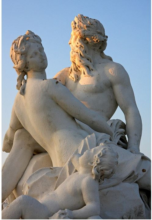 French_France_Paris_Statues_Art_Public_Family_Husband_Wife_Kids