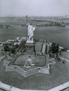 statue_of_liberty_13