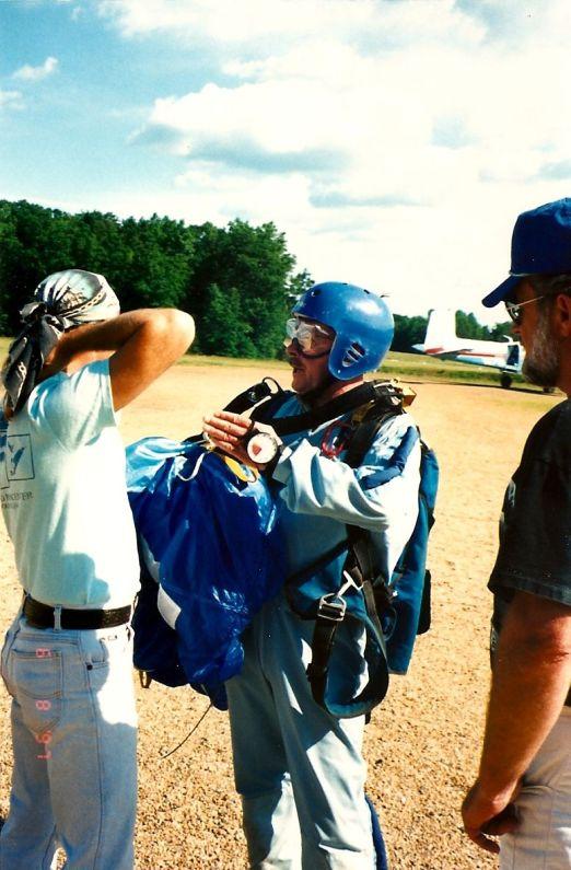 Bob-Skydiving Jun 1997